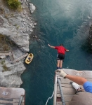 David goes first bungy jumping 43 meters above the river.